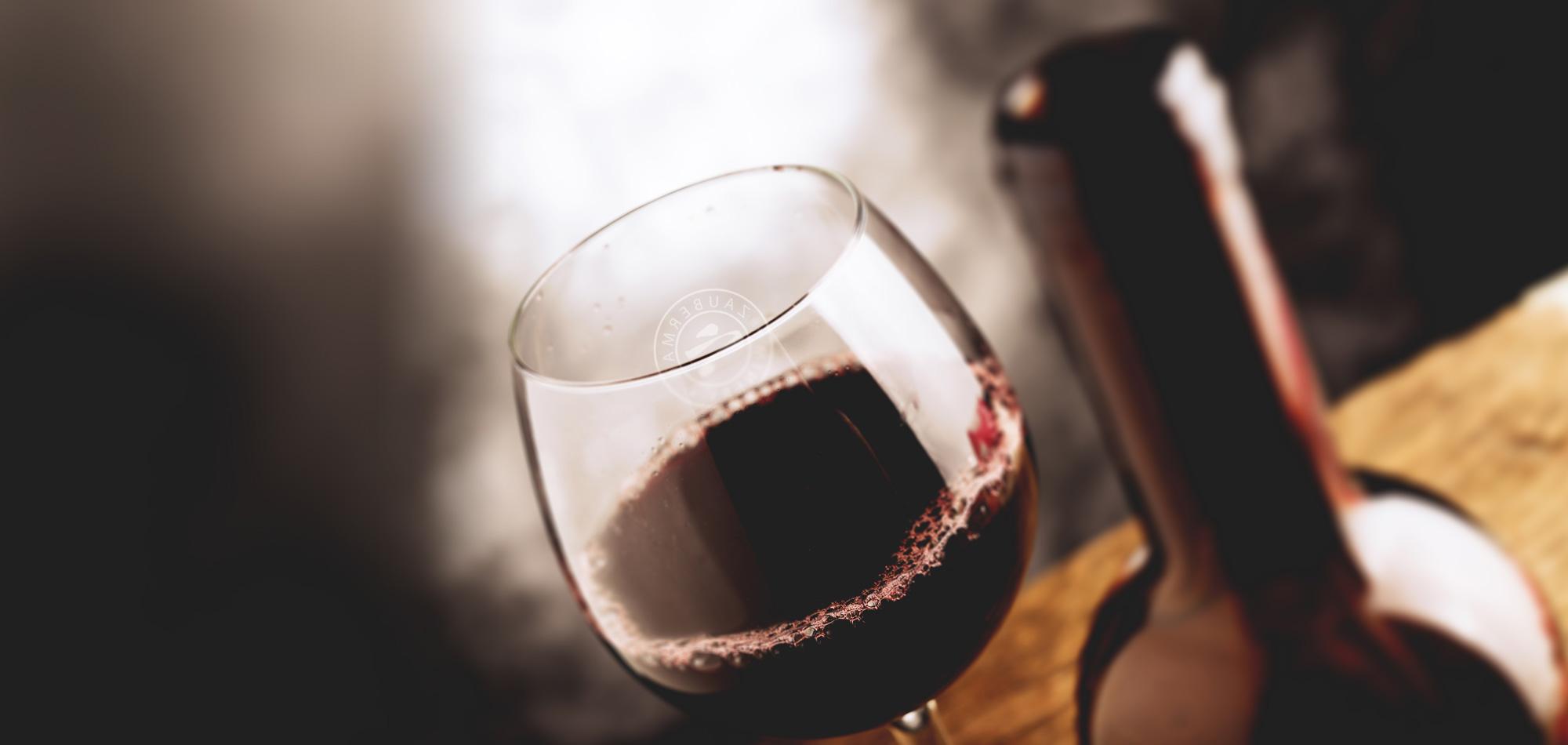 כוס יין יקב זאוברמן